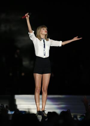 Taylor Swift Capital Radio Summer Time Ball at Wembley Stadium in London - June 9, 2013