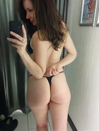 peachplumpear101 in lingerie - ass