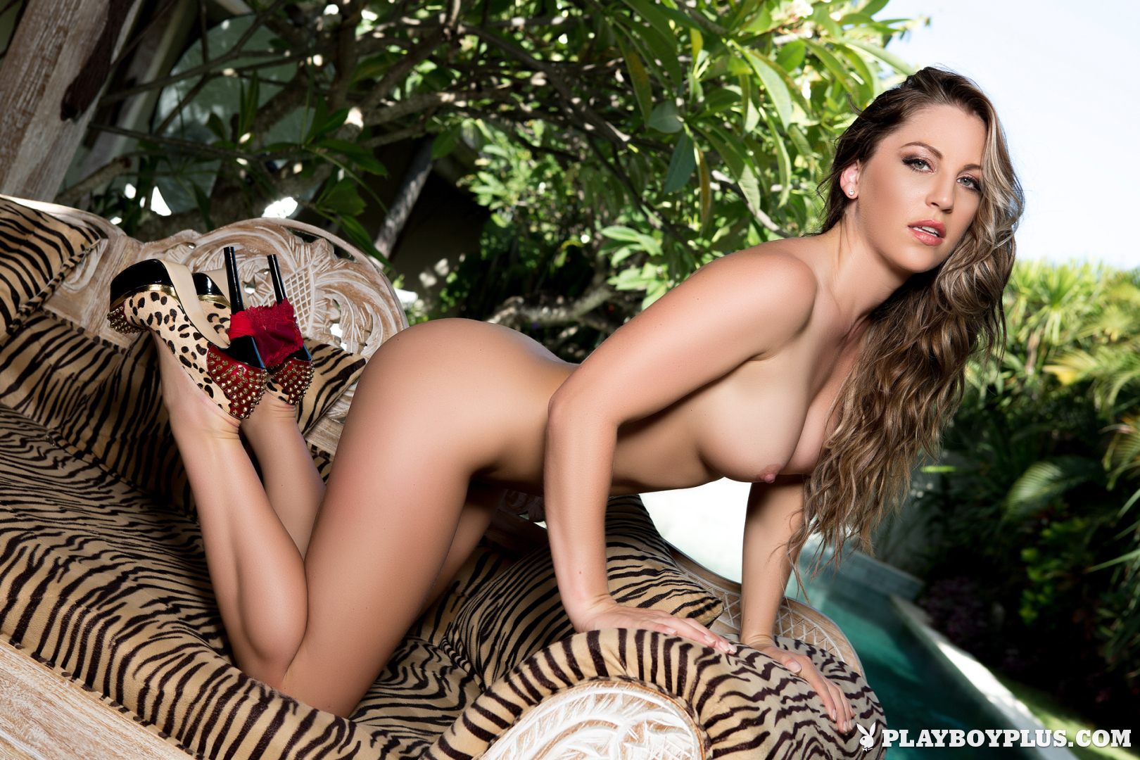 nude-photos-of-alisha-harris-naudia-nyce