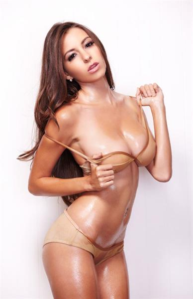Shelby Chesnes - from Bellazon