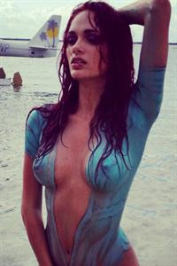 Jessica Dykstra in body paint - breasts