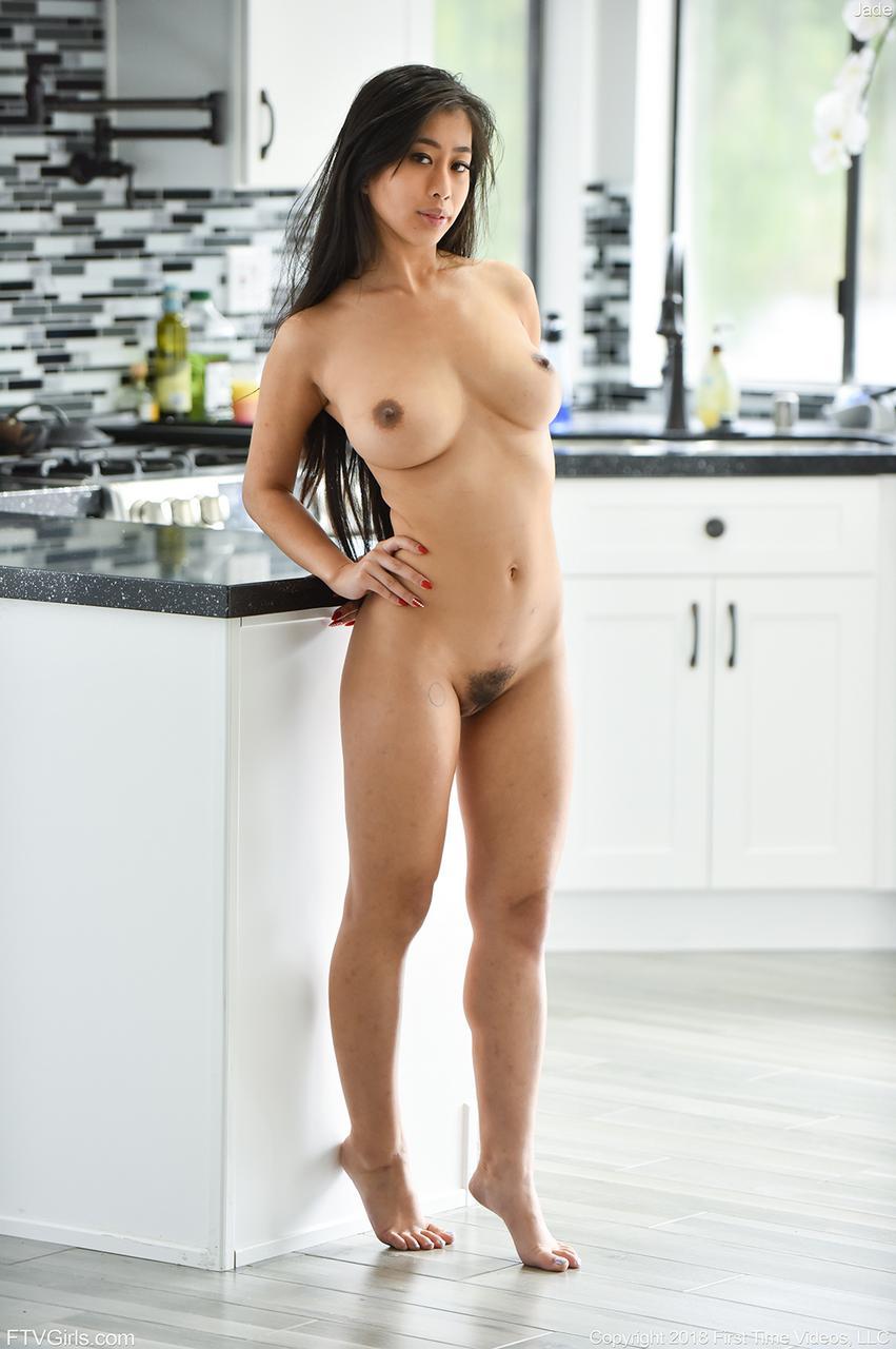 https://img8.hotnessrater.com/5481983/jade-kush-nude.jpg?w=4000&h=6000