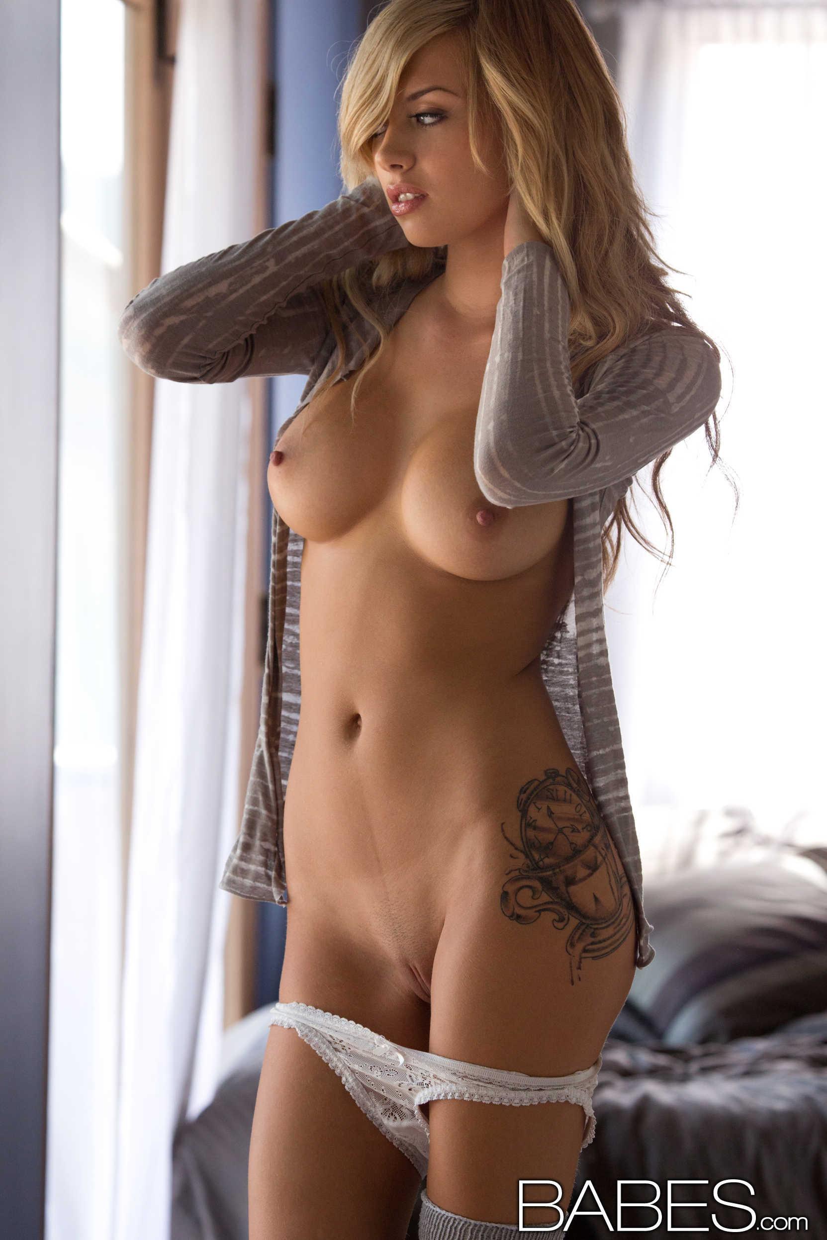 god-sex-sexy-nude-euro-babes