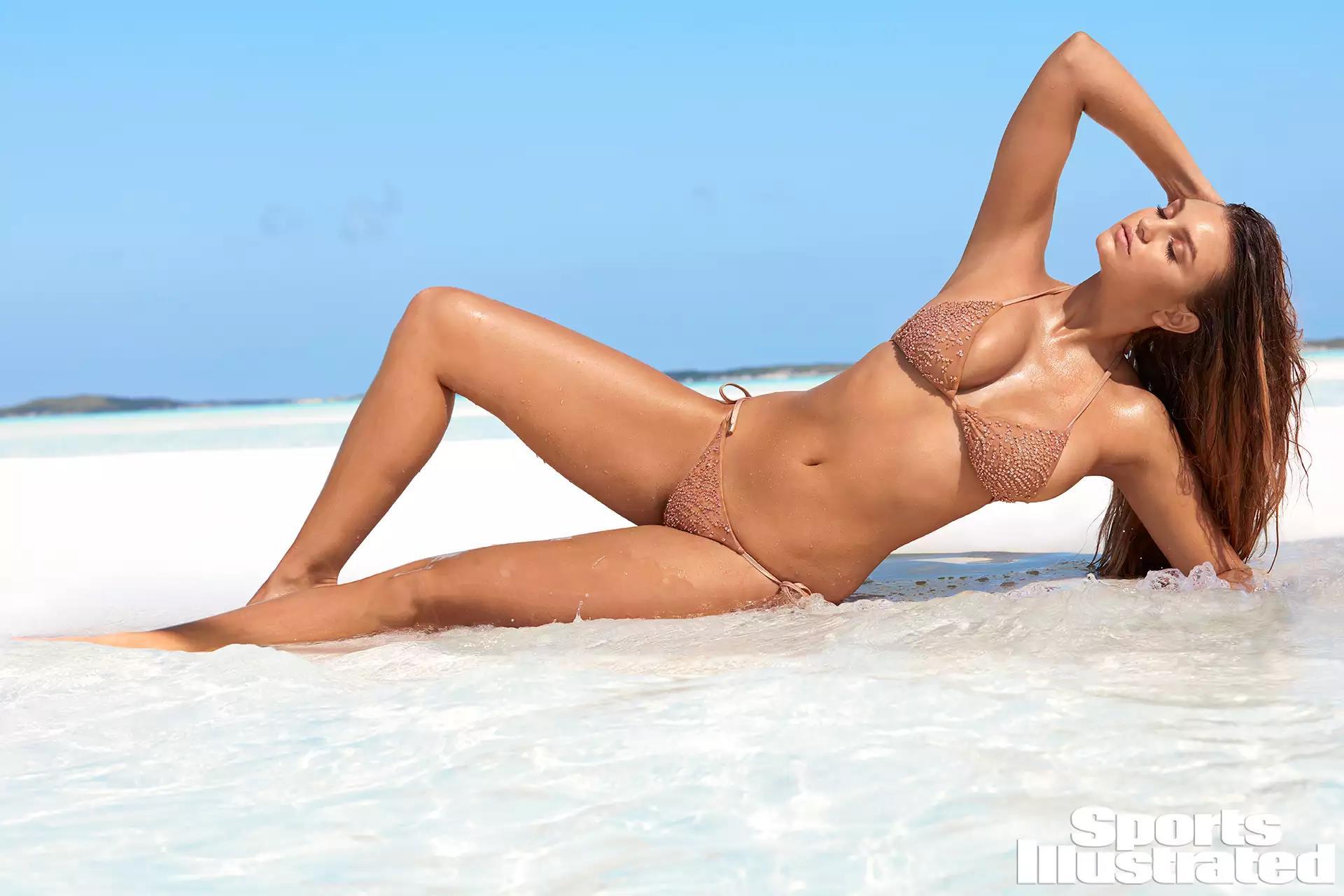 Brower nude olivia Olivia Brower