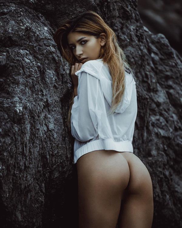 Gina Maria - ass