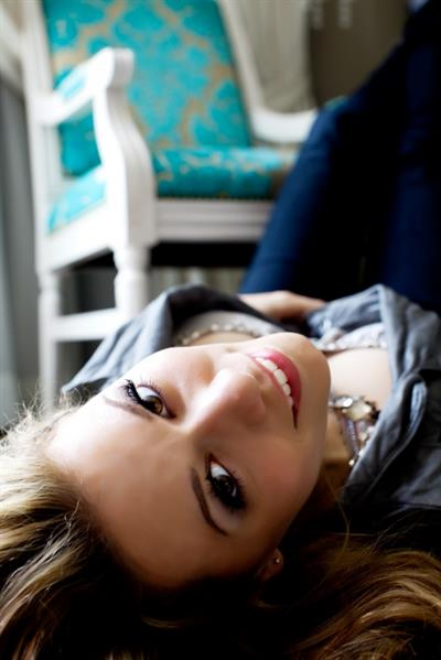 Bethany Joy Lenz-Galeotti