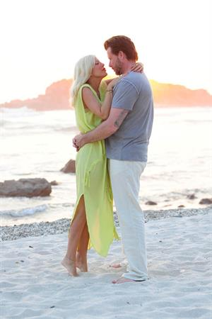 Tori Spelling Celebrates her birthday with family at the St Regis Punta Mita Resort in Mexico (May 20, 2013)