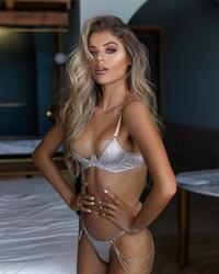 Kalyssa Alynn in lingerie