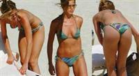Jennifer Aniston in a bikini - ass