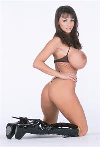 Summer Cummings - tits and ass