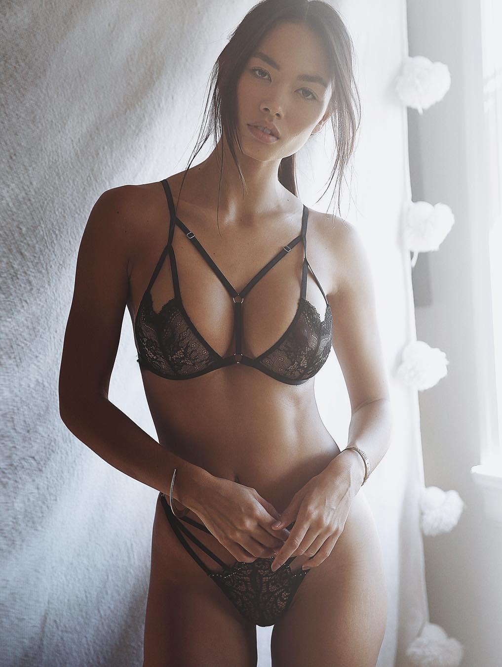 Nackt  Jennifer Berg Celebrity fakes