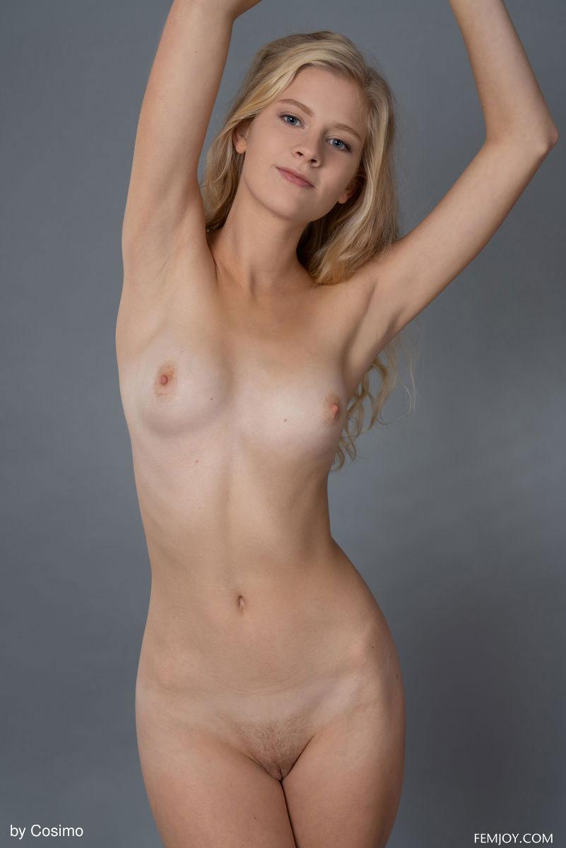 Nude K