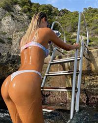 Ocean ladder ass