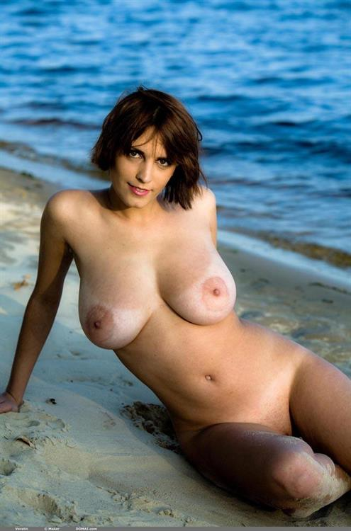 Veralin Nude Pictures Rating  92610-7205