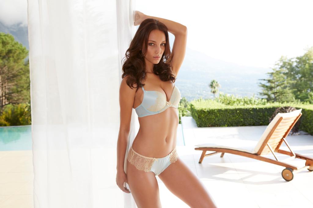Olivia Garson in a bikini