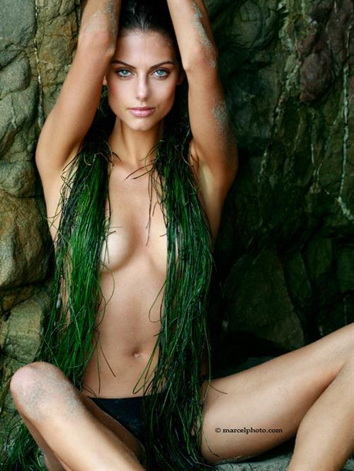 julia-voth-full-xxx-movie-ftv-girls-hayley-hanes