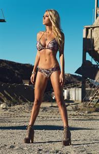 Mariah Lee Bevacqua in lingerie