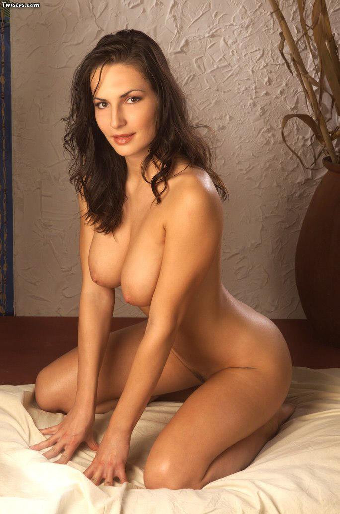 Nude carmella Carmella Decesare
