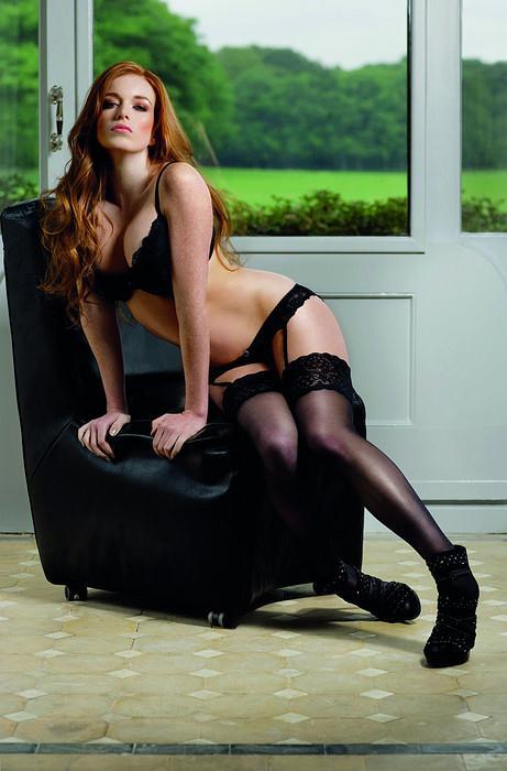 Jamie Sanna in lingerie