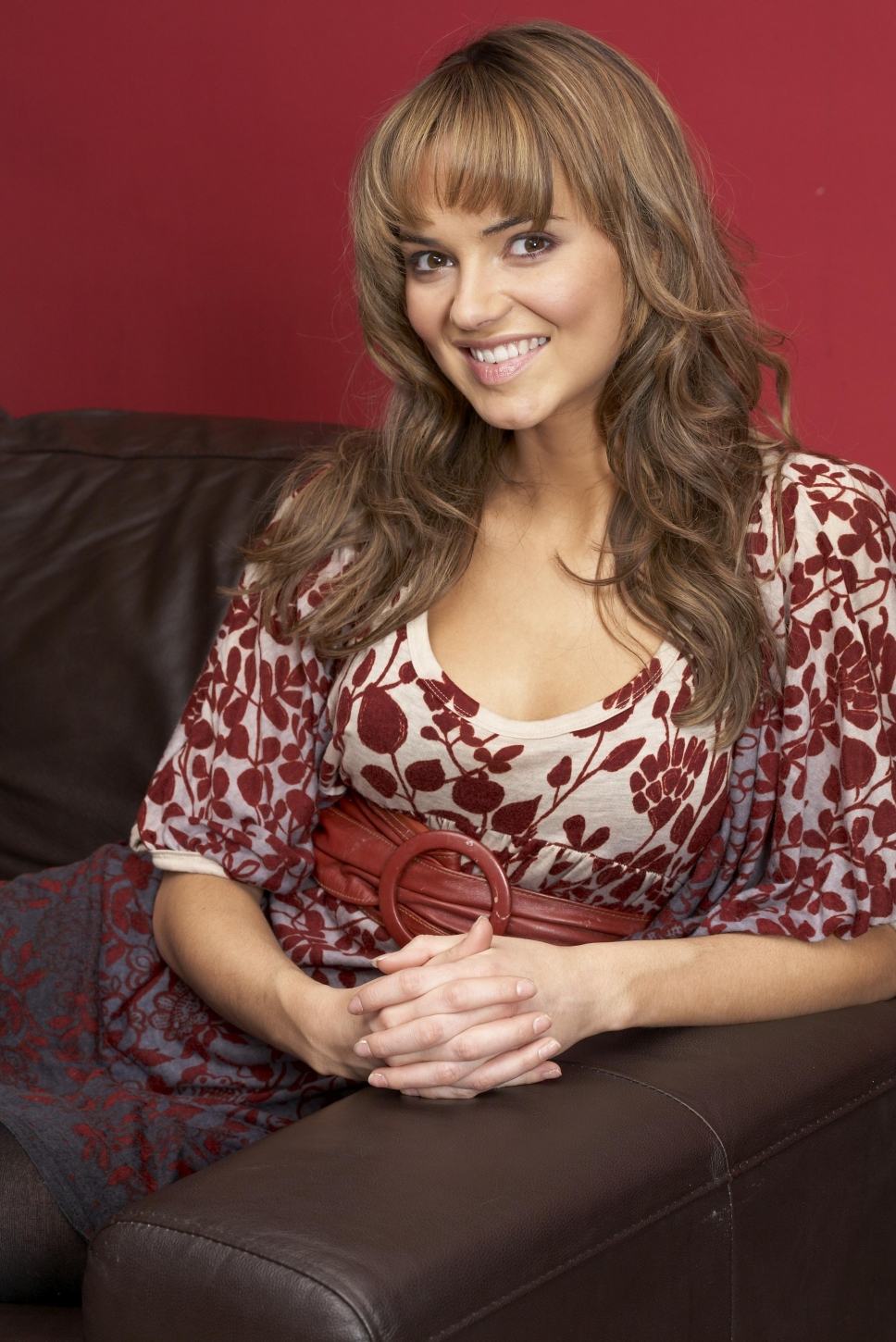 kara-tointon-naked-pictures-women-kissing-women-naked